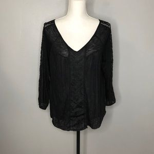 American Eagle Outfitters Black Lightweight Top L
